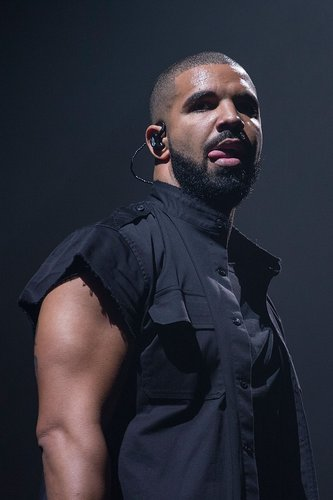 Drake performs onstage during weekend two, day two of Austin City Limits Music Festival at Zilker Park on October 10, 2015 in Austin, Texas