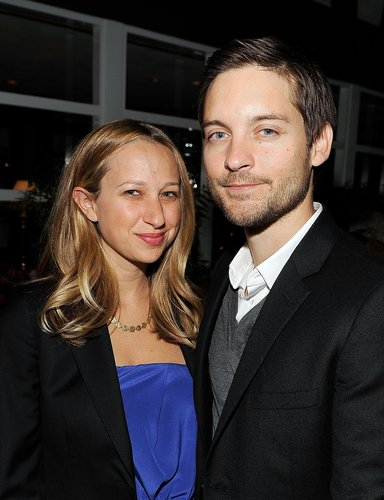 Jennifer Meyer and Tobey Maguire attend the Lionsgate Golden Globe Party at Polo Lounge at The Beverly Hills Hotel on January 16, 2010 in Beverly Hills, California