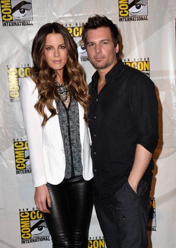 Kate Beckinsale and Len Wiseman attend Sony's 'Total Recall' panel during Comic-Con 2012 in San Diego on July 13, 2012