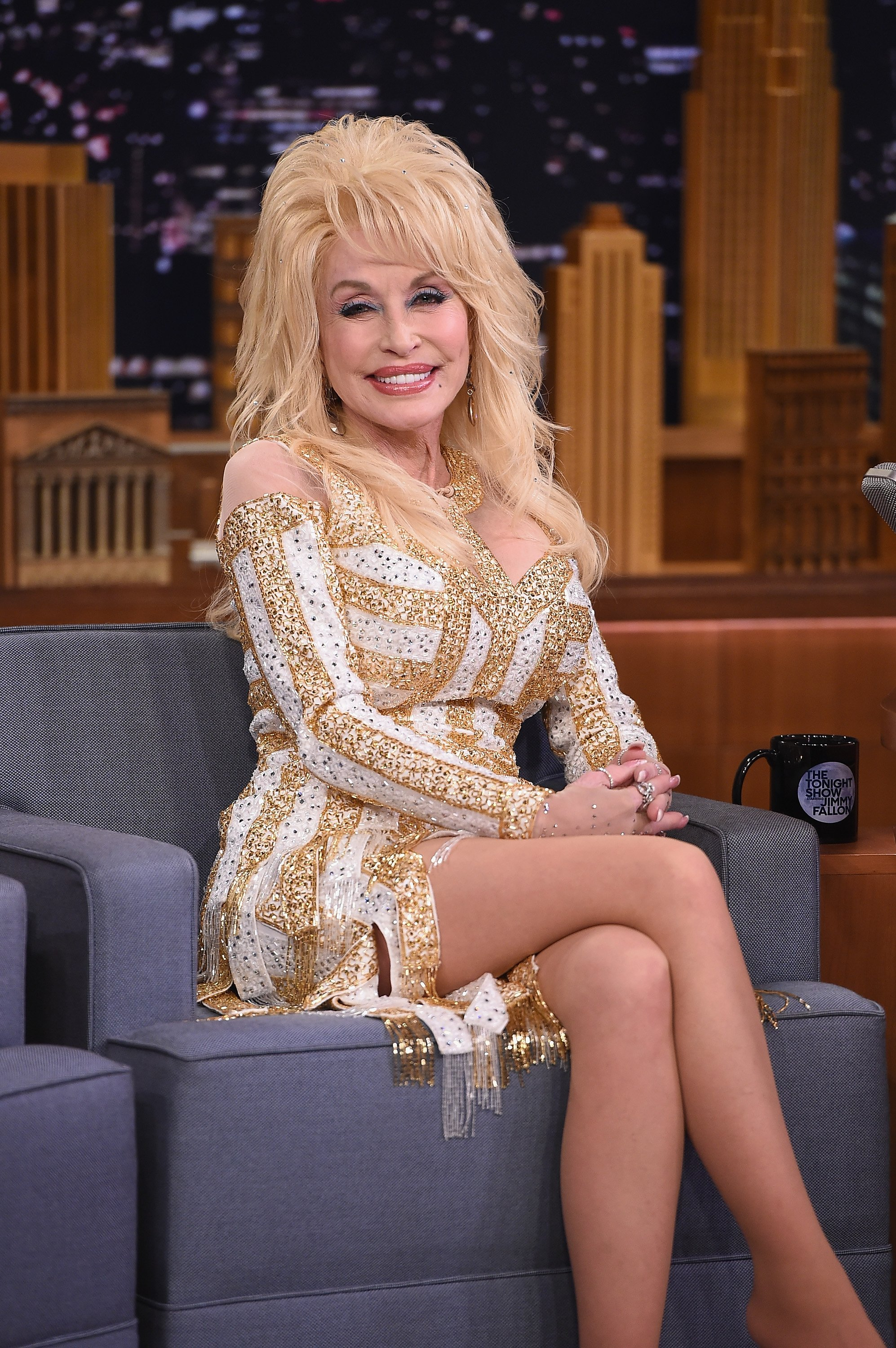Dolly Parton Visits 'The Tonight Show Starring Jimmy Fallon' at Rockefeller Center on August 23, 2016 in New York City