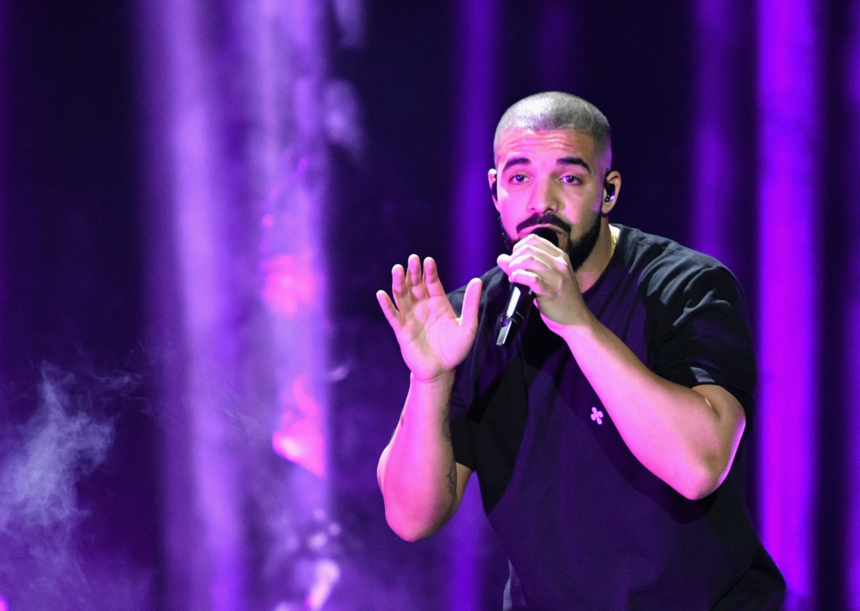 Drake performs onstage at the 2016 iHeartRadio Music Festival at T-Mobile Arena on September 23, 2016 in Las Vegas