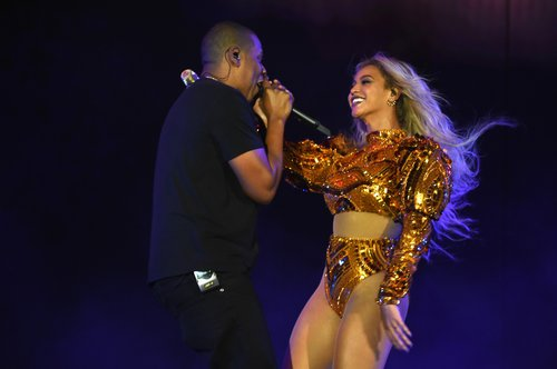 Jay Z and Beyoncé perform on stage during closing night of 'The Formation World Tour' at MetLife Stadium on October 7, 2016 in East Rutherford, New Jersey