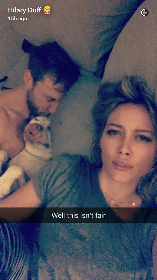 Hilary Duff shares a selfie with boyfriend Jason Walsh on Snapchat on Oct. 26, 2016