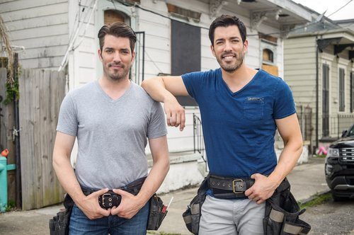 Jonathan and Drew Scott in a promo photo for HGTV's 'Brothers Take New Orleans'