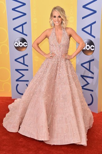 Carrie Underwood at the 50th annual CMA Awards Nov 2, 2106