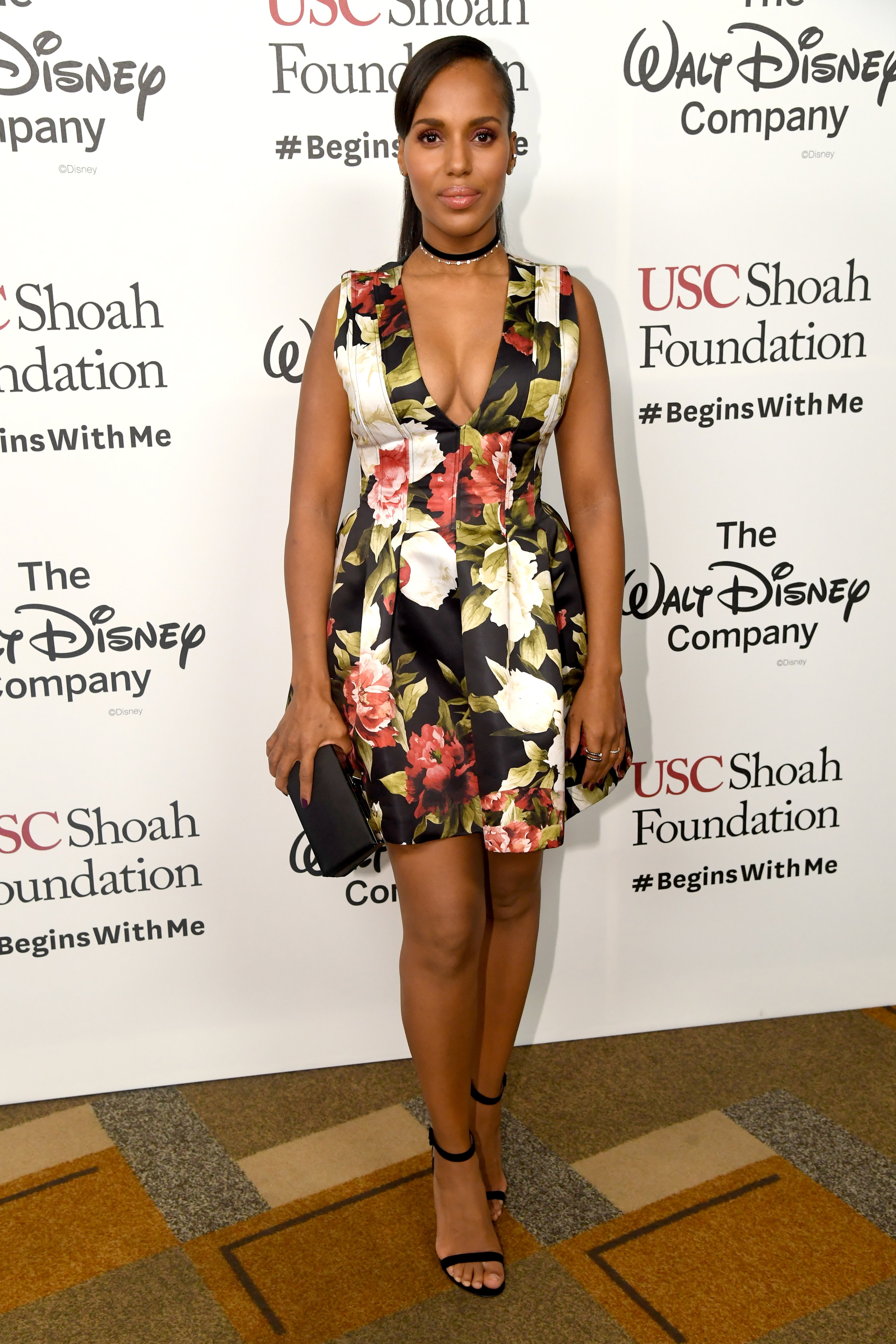 Kerry Washington attends Ambassadors for Humanity Gala Benefiting USC Shoah Foundation at The Ray Dolby Ballroom at Hollywood & Highland Center on December 8, 2016 in Hollywood