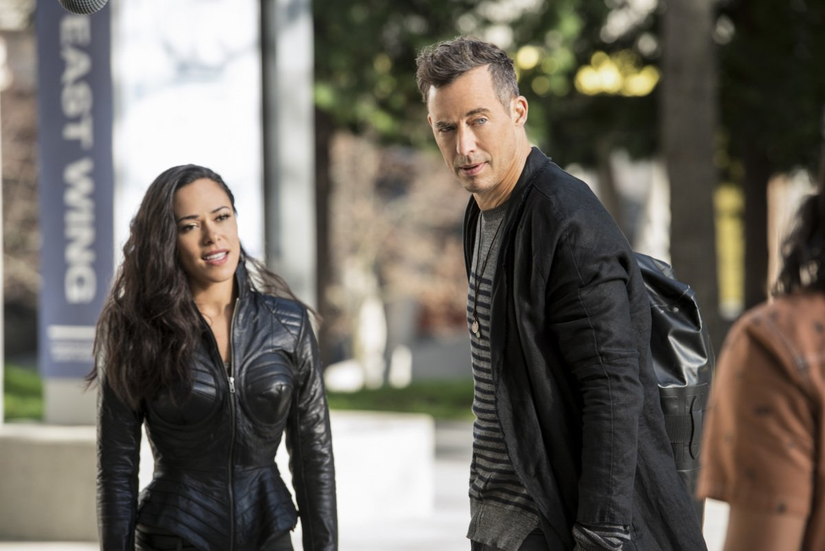 Jessica Camacho as Gypsy and Tom Cavanagh as H.R. on 'The Flash'