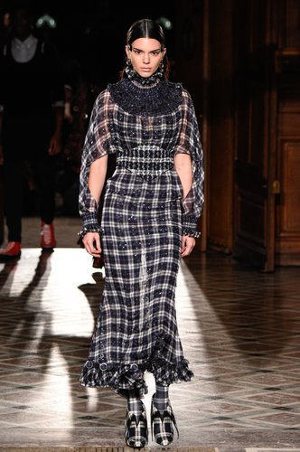 Kendall Jenner walks the runway during the Givenchy Menswear Fall/Winter 2017-2018 show as part of Paris Fashion Week on January 20, 2017 in Paris