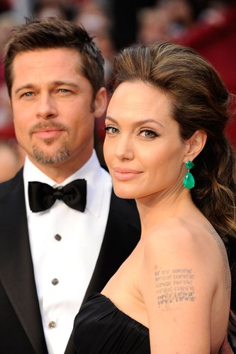 Brad Pitt and Angelina Jolie arrive at the 81st Annual Academy Awards held at Kodak Theatre on February 22, 2009 in Los Angeles