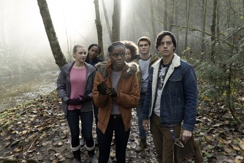 Lili Reinhart as Betty Cooper, Asha Bromfield as Melody, Ashleigh Murray as Josie McCoy, Hayley Law as Valerie, KJ Apa as Archie Andrews and Cole Sprouse as Jughead Jones in 'Riverdale' Season 1, 'Chapter Seven: In a Lonely Place'