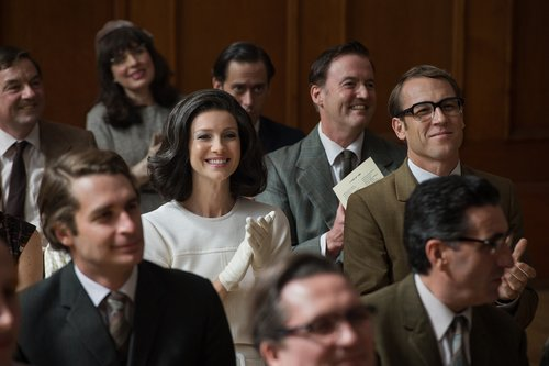 Caitriona Balfe (as Claire Randall Fraser) and Tobias Menzies (as Frank Randall) in 'Outlander' Season 3