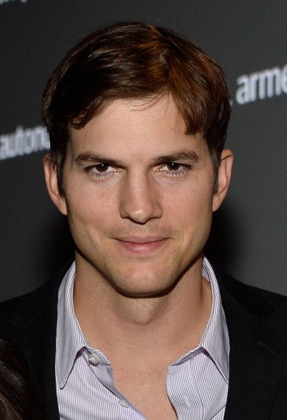 Ashton Kutcher attends the Human Rights Watch Voices For Justice Dinner at The Beverly Hilton Hotel on November 12, 2013 in Beverly Hills, California