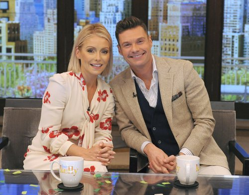 Kelly Ripa and Ryan Seacrest on 'Live with Kelly and Ryan'