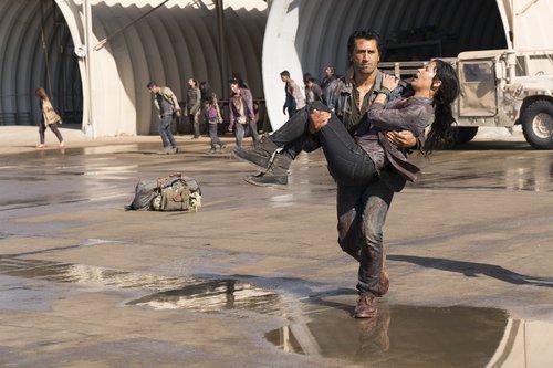 Cliff Curtis as Travis and Danay Garcia as Luciana in 'Fear the Walking Dead' Season 3