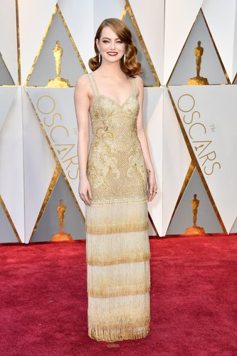Emma Stone attends the 89th Annual Academy Awards at Hollywood & Highland Center on February 26, 2017 in Hollywood