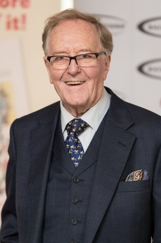 Robert Hardy arrives for the Oldie Of The Year Awards at Simpsons in the Strand on February 2, 2016 in London