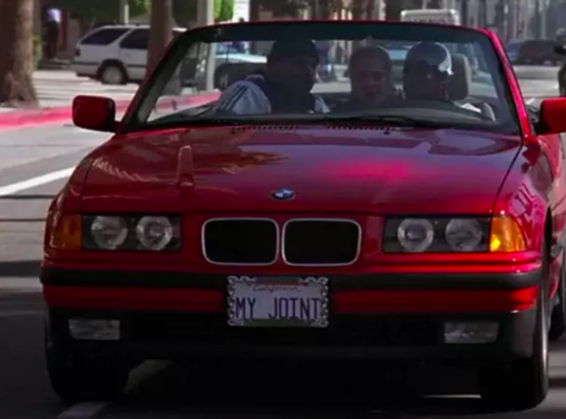 """Murray's license plate says """"My Joint"""" in Clueless."""
